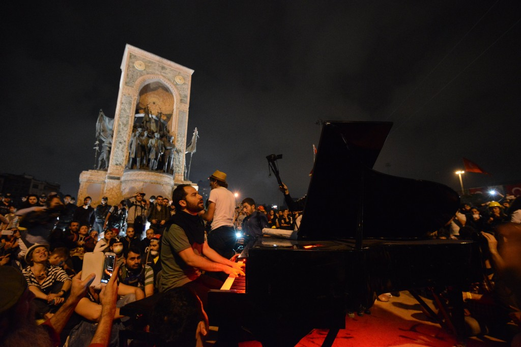 Piano in Gezi