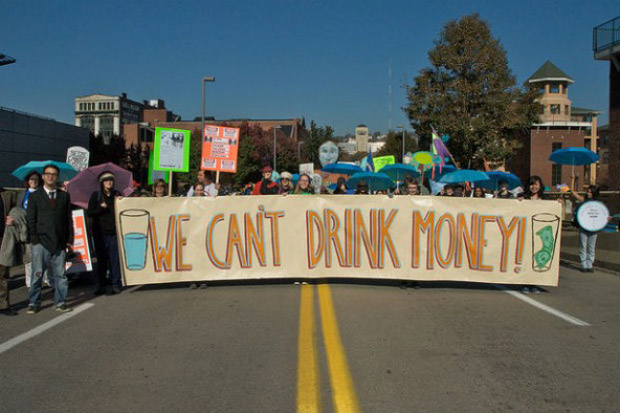 Protests-of-Fracking-592x394