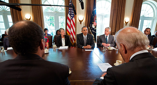 OBama at White House table