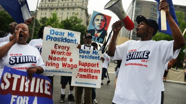 Low wage workers protest Obama
