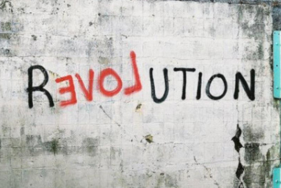 Revolution ReLOVEution