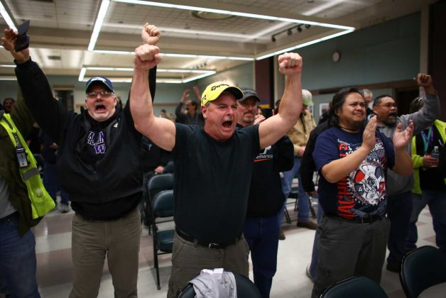 Boeing workers react to voting down contract