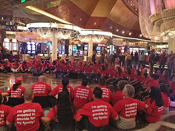 Casino sit-in by culinary workers, Nov 1 2013