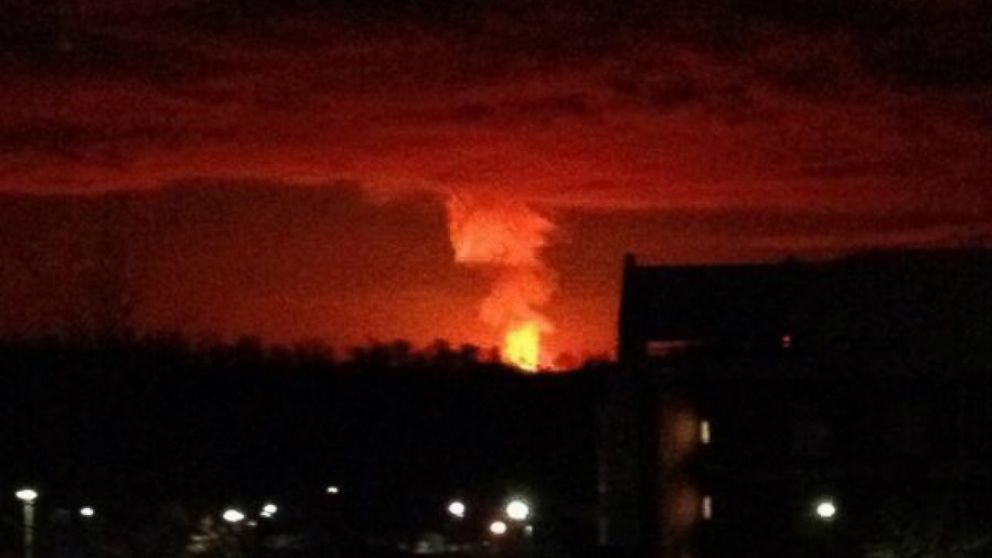 A gas line explosion in Adair County, Ky., could be seen from about 20 miles away, Feb. 13, 2014. (Image: @Mike_Clink34/Twitter | @sivadmk/Twitter)
