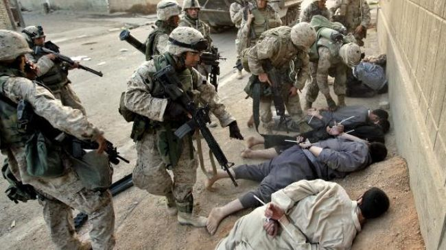 Iraq US soldiers arresting Iraqis
