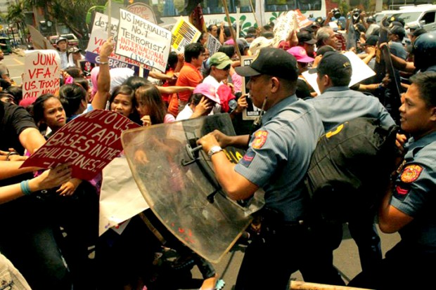 Protest at US Embassy in Manila at start of Obama's Asia-Pacific tour, Southern Tagalog Exposure