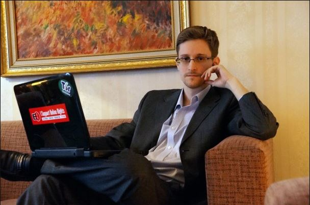 Snowden with computer facing forward, Dec 2013, Barton Gellman for The Washington Post