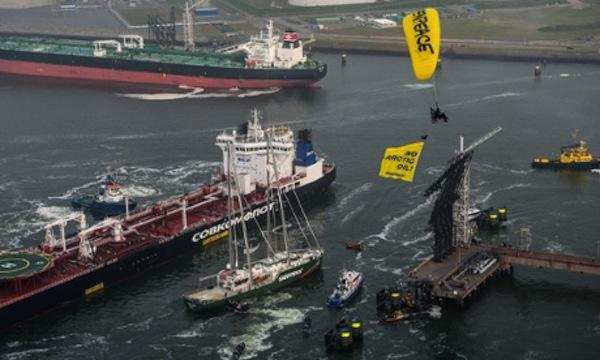 Protest Against Arctic Oil Shipment RotterdamProtest gegen Oellieferung aus der Arktis in Rotterdam