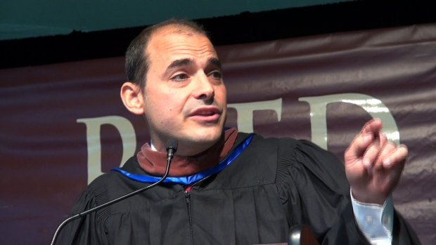 Igor Vamos speaking at Reed College graduation