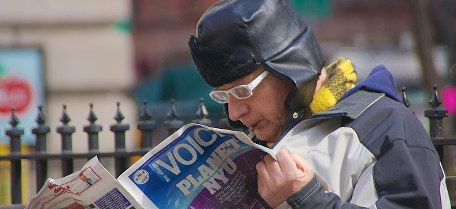 A reader of the Village Voice, February 2013 (Ed Yourdon on Flickr)