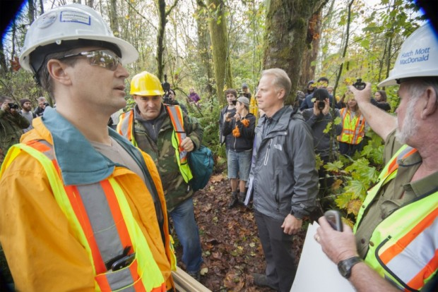 Kinder Morgan crews met by angry citizens Burnaby Mountain Oct 29 2014 - Mychaylo Prystupa