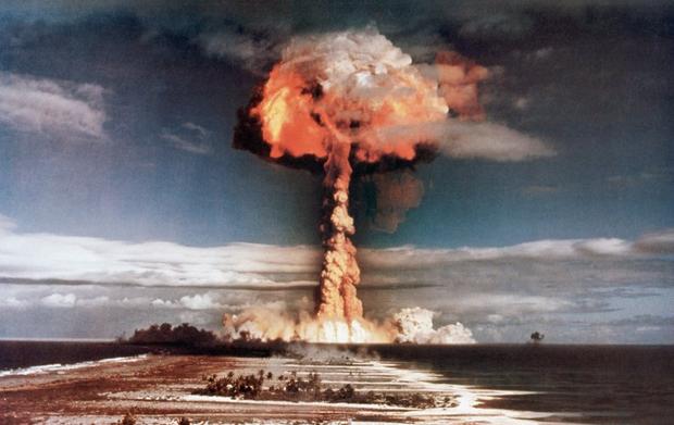 Nuclear Nukes War