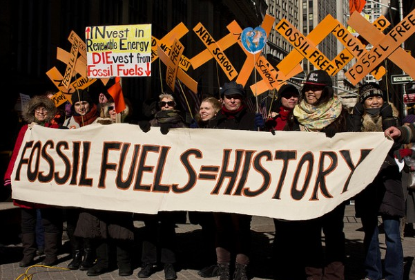 A crowd gathered in the cold near Wall Street on Friday to call for New York's divestment from fossil fuels. (Flickr / 350)