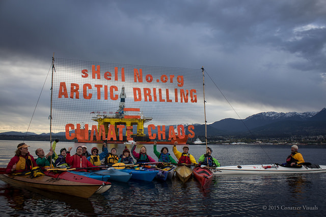 ShellNo Kayactivists 4-17-15