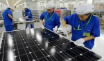 Chinese solar factory workers from Chinatopix.