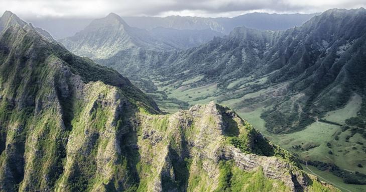 Hawaiin mountains