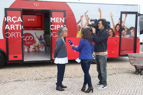 Photo: Grace Fonseca with the Orçamento Participativo Portugal bus. Photo Orçamento Participativo Portugal