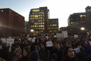 Crowds gathered at Washington Square Park Wednesday night to protest President Donald Trump's executive orders about immigration. DNAinfo/Noah Hurowitz
