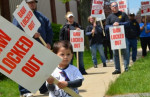 Workers have twice voted no on Honeywell's proposals to eliminate cost-of-living increases and retiree health care, freeze pensions, curtail overtime pay, subcontract work, and void seniority rights. Photo: UAW