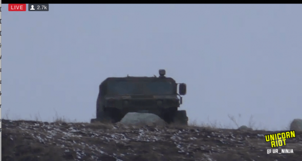 f23-hmv0-humvee-hill-tracked