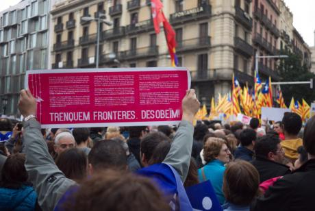 Upwards of 180,000 people demonstrate in favour of accepting migrants and asylum seekers in Catalonia, organised by the group Casa Nostra, Casa Vostra - 18 February 2017. Photo by Bertie Russell. CC BY-NC-SA.