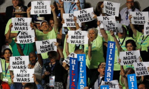 Sanders delegates protest Hillary Clinton support for wars at Democratic  Convention in Philadelphia 2017