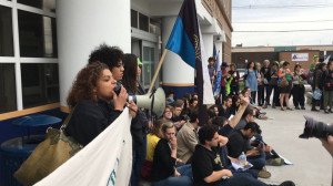 Sit-in at ICE office in Boston, May 24, 2017 by Movimiento Cosecha. From @CosechaMovement on Twitter.