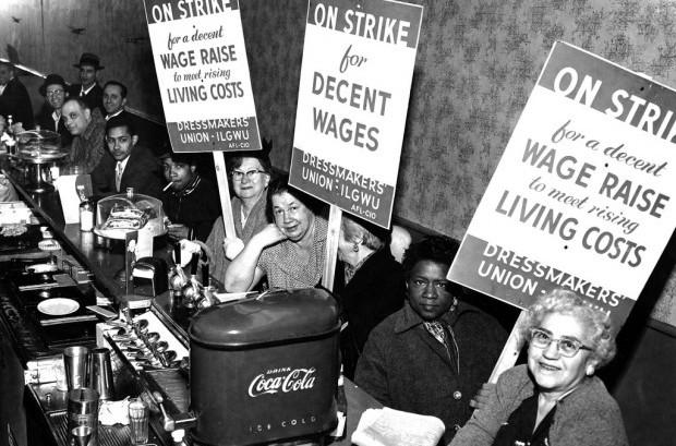 1933 Dressmakers' Union strike demonstrators take a break in a diner. Kheel Center / Flickr