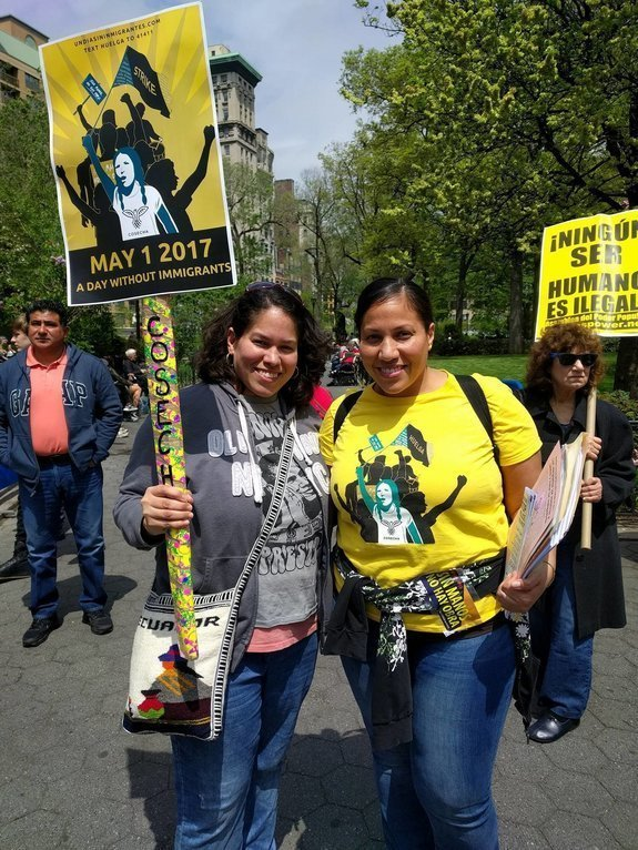 CAROLINA MORENO/HUFFPOST Vicky Barrios, right, a social worker and organizer for immigrant rights group Movimiento Cosecha, pictured at a rally at a rally at Union Square in New York City.