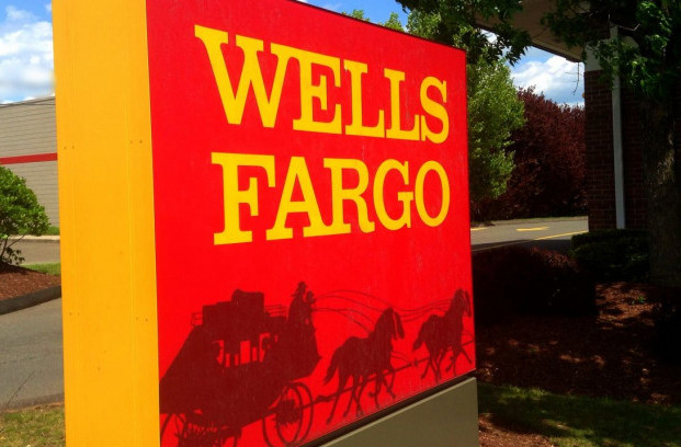 Wells Fargo bank sign (Photo by Mike Mozart | Flickr CC 2.0)