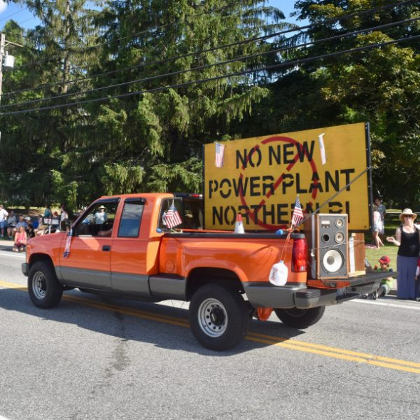 2017-07-04-No-New-Power-Plant-Parade-08-600x600