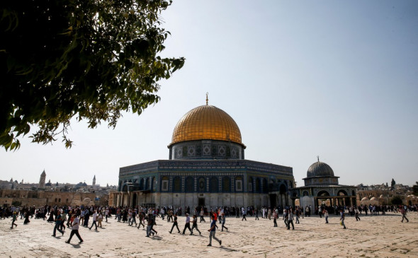 A general view of the Dome of the Rock in the Haram al-Sharif compound, known to Jews as the Temple Mount, in the Old City of Jerusalem on July 27, 2017, after Palestinians ended a boycott and entered the sensitive Jerusalem holy site, which includes the Al-Aqsa mosque. Photo: Ahmad Gharabli/AFP/Getty Images