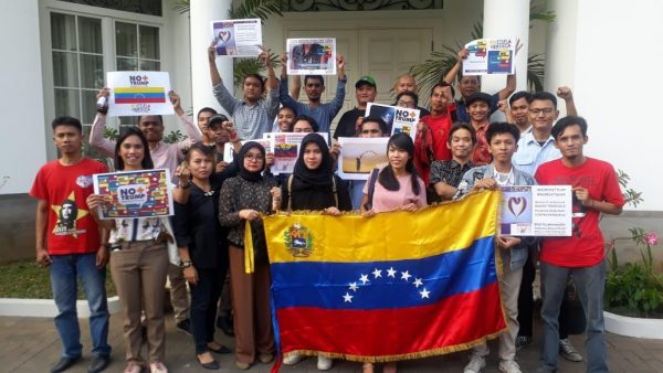 Activists in Indonesia on the World Day of Protest against the US blockade of Venezuela, From InText